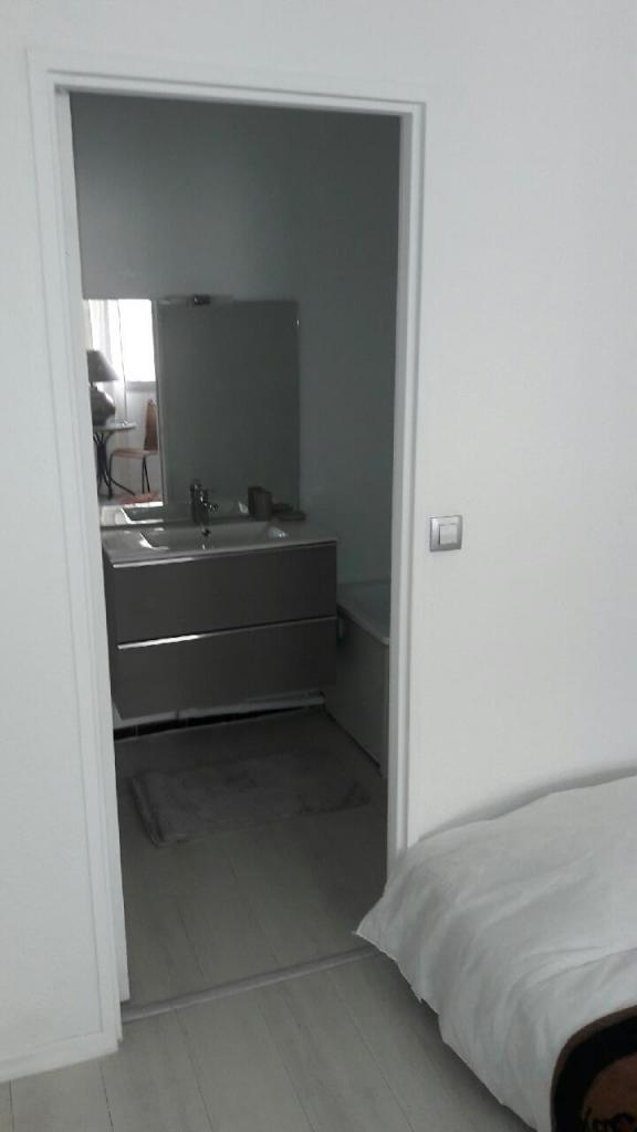Location d 39 appartement t2 meubl entre particuliers for Appartement meuble marseille