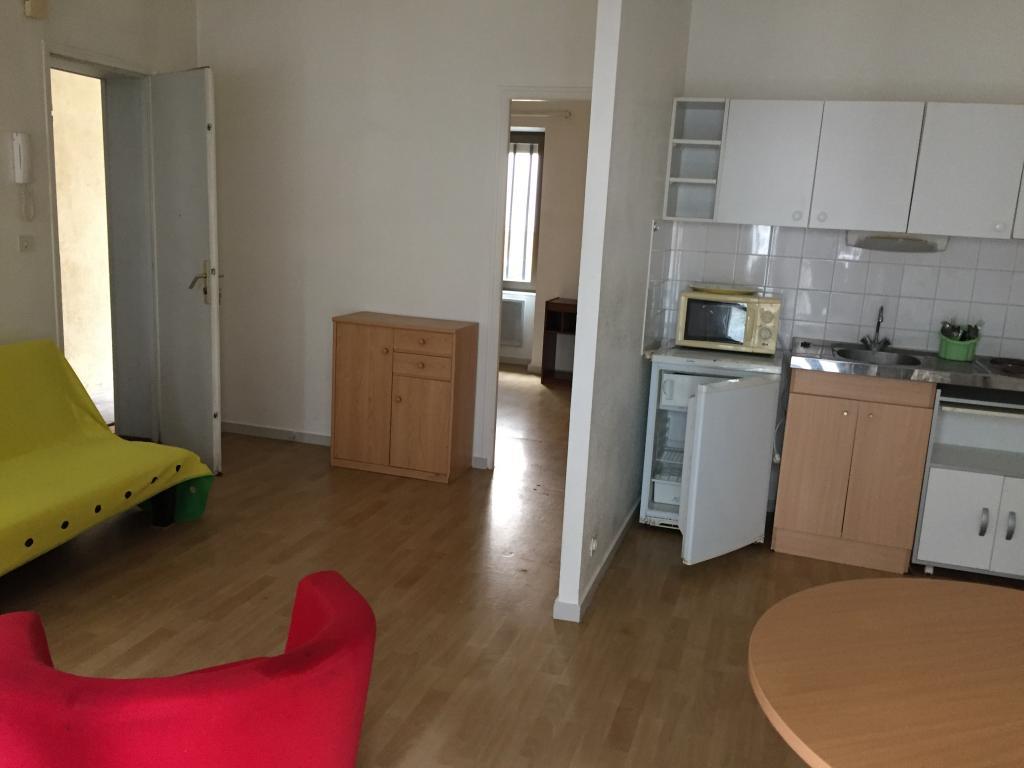 Location d 39 appartement t2 meubl sans frais d 39 agence - Location appartement meuble besancon ...