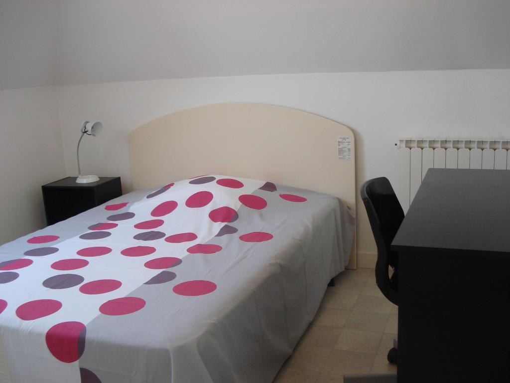 location d 39 appartement t1 meubl de particulier particulier brest 475 27 m. Black Bedroom Furniture Sets. Home Design Ideas