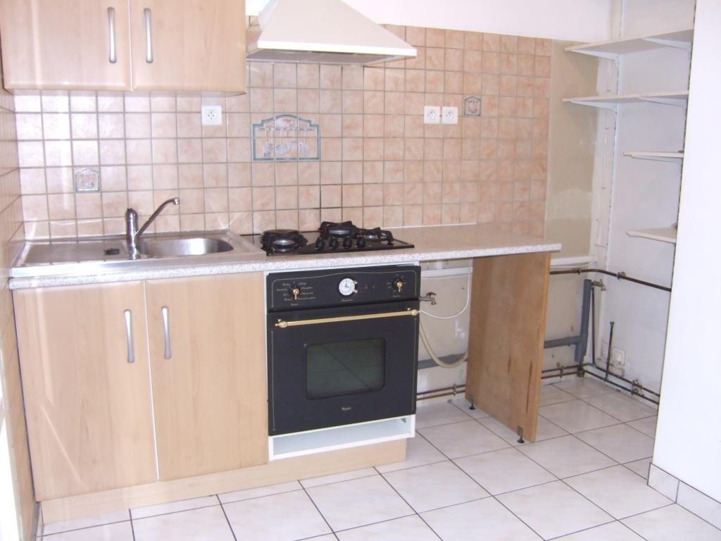 location d 39 appartement t2 de particulier particulier grenoble 514 33 m. Black Bedroom Furniture Sets. Home Design Ideas