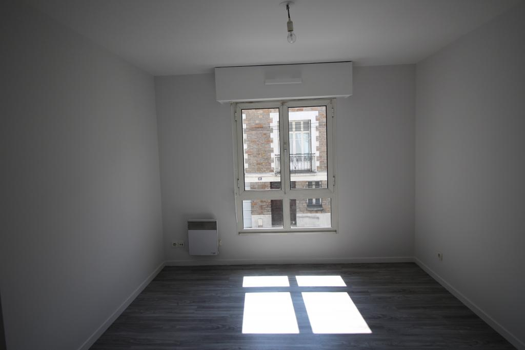 location d 39 appartement t2 de particulier particulier nantes 556 39 m. Black Bedroom Furniture Sets. Home Design Ideas