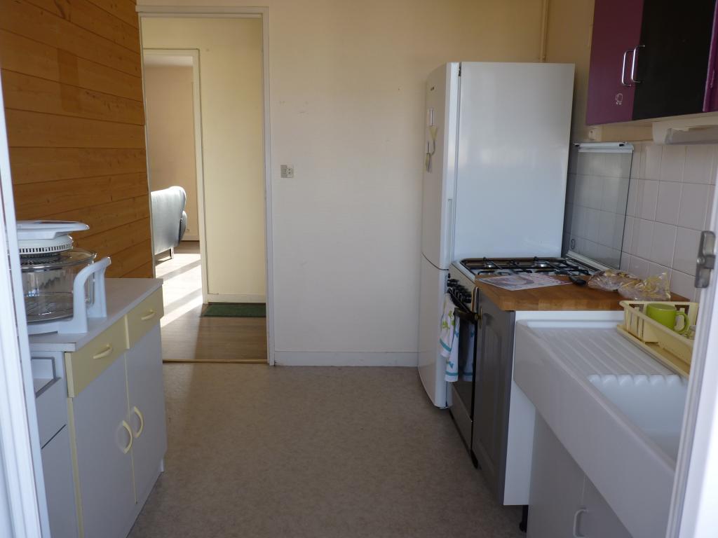 location d 39 appartement t3 entre particuliers poitiers 650 70 m. Black Bedroom Furniture Sets. Home Design Ideas