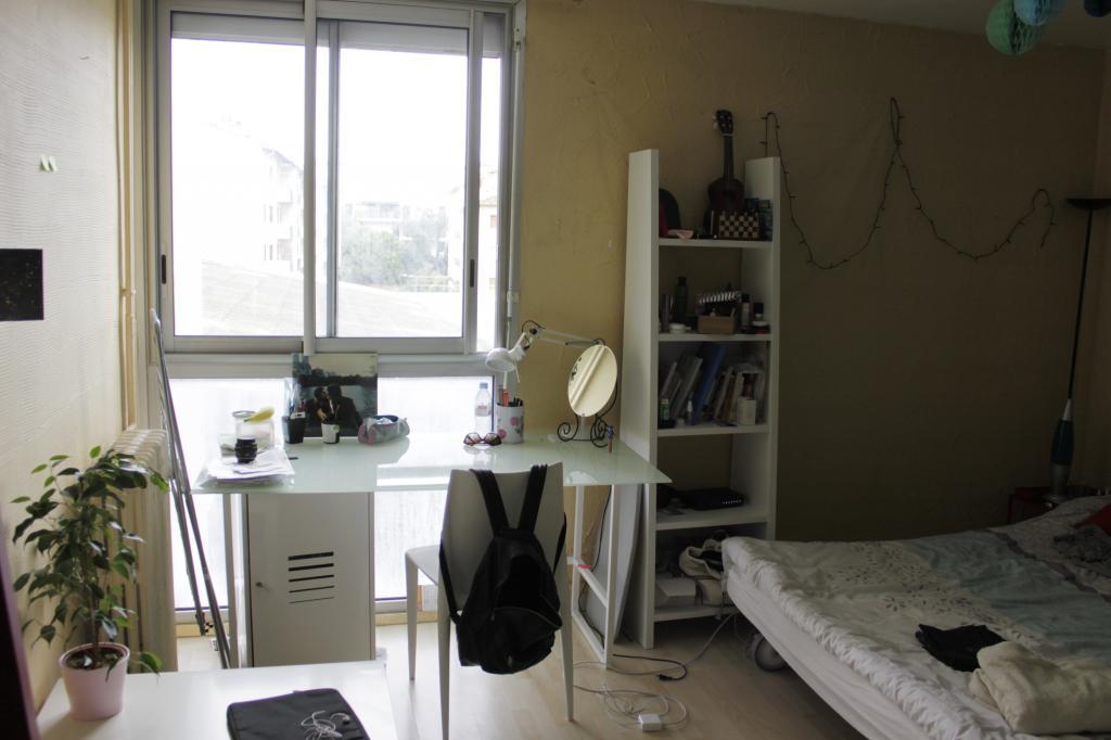 location de studio meubl entre particuliers toulouse 480 28 m. Black Bedroom Furniture Sets. Home Design Ideas