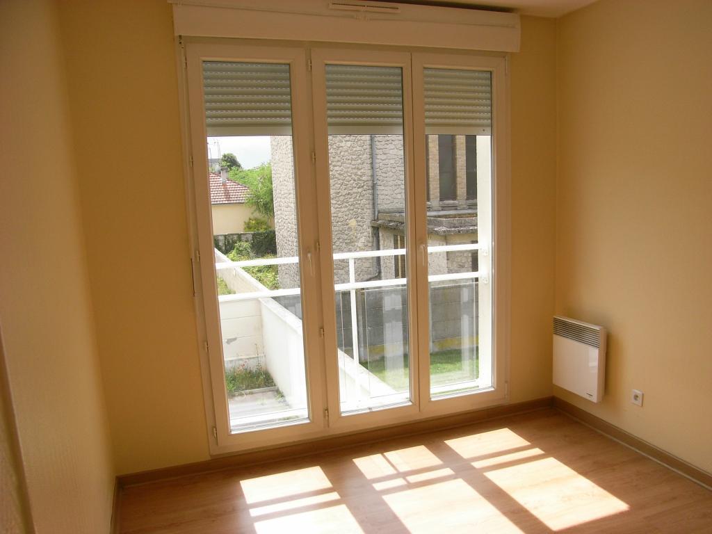 location d 39 appartement t2 de particulier reims 535 40 m. Black Bedroom Furniture Sets. Home Design Ideas