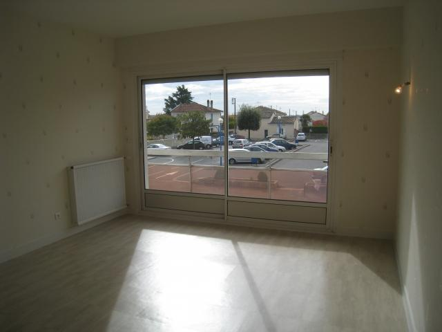 Location appartement T2 Soyaux - Photo 1