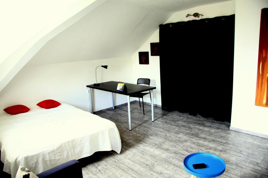 location d 39 appartement t1 meubl sans frais d 39 agence grenoble 590 40 m. Black Bedroom Furniture Sets. Home Design Ideas