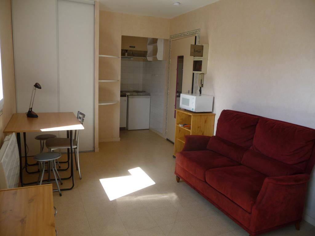 Location de studio meubl de particulier angers 375 for Location de studio a bordeaux