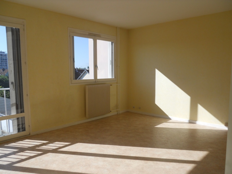 location d 39 appartement t1 de particulier dijon 425 33 m. Black Bedroom Furniture Sets. Home Design Ideas