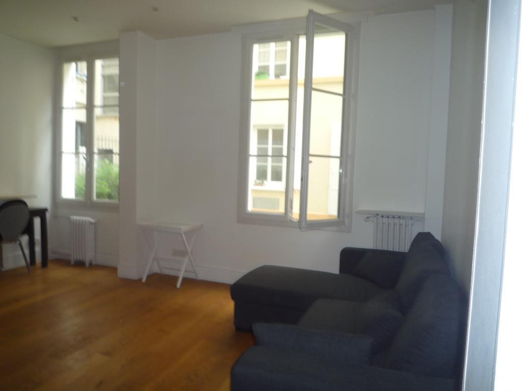 appartement de 42m2 louer sur boulogne billancourt location appartement. Black Bedroom Furniture Sets. Home Design Ideas