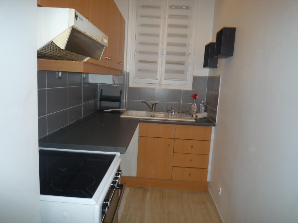 location d 39 appartement t2 meubl sans frais d 39 agence boulogne billancourt 1200 42 m. Black Bedroom Furniture Sets. Home Design Ideas