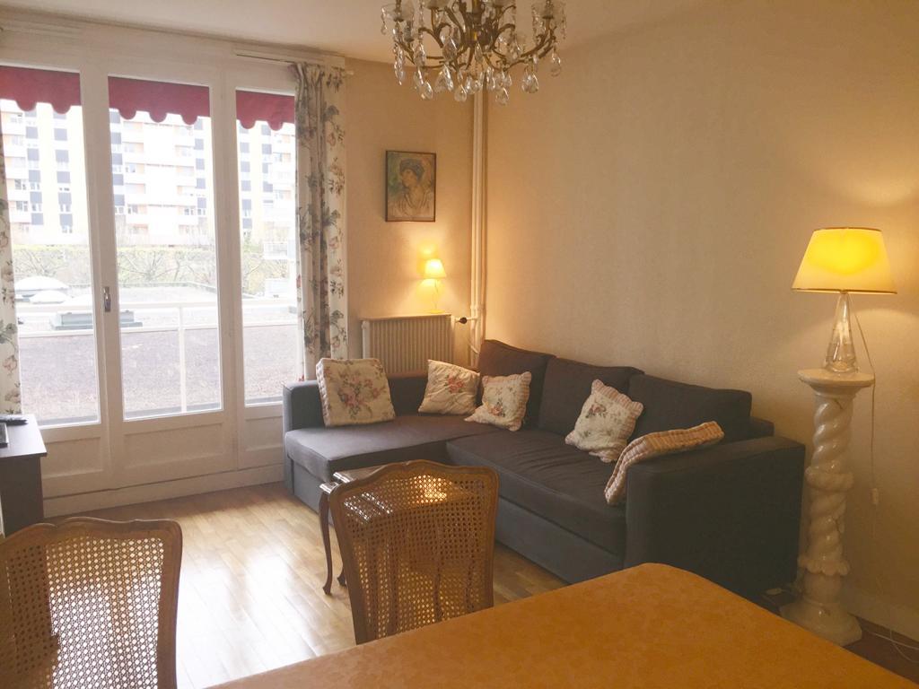 location d 39 appartement t3 de particulier particulier st etienne 595 66 m. Black Bedroom Furniture Sets. Home Design Ideas