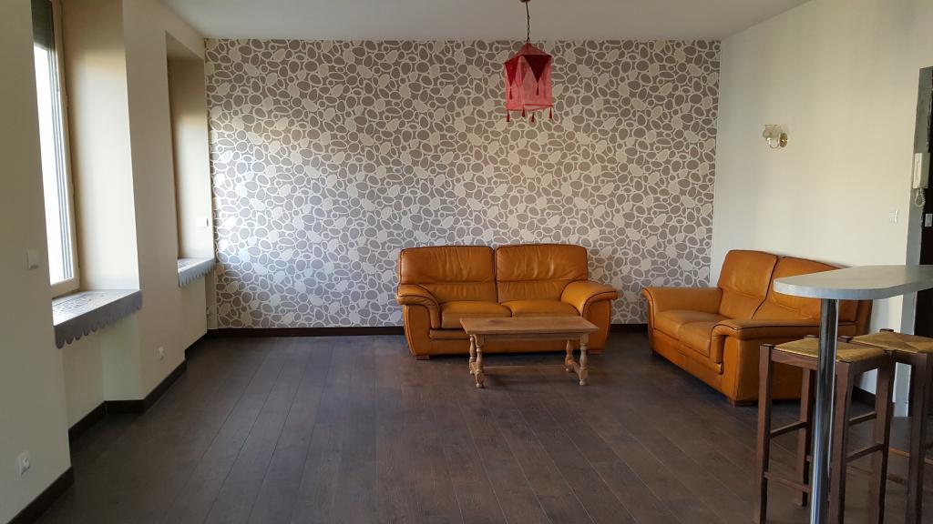 location d 39 appartement t2 meubl entre particuliers lyon 69003 790 54 m. Black Bedroom Furniture Sets. Home Design Ideas