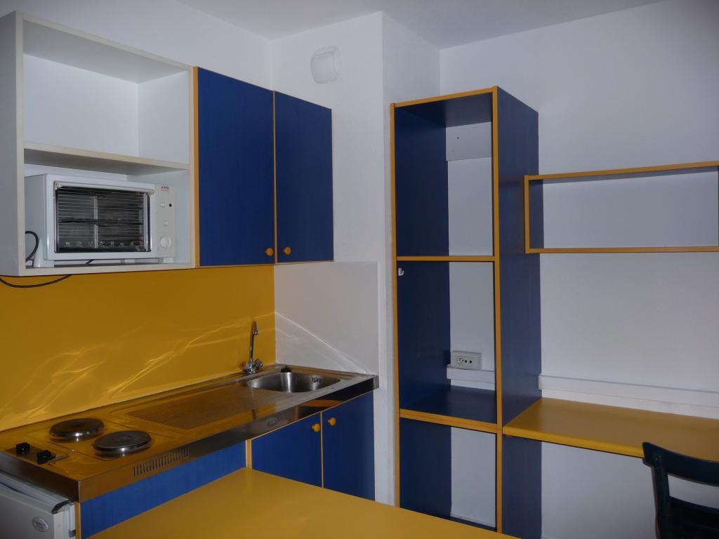 location de studio meubl de particulier particulier nantes 430 20 m. Black Bedroom Furniture Sets. Home Design Ideas