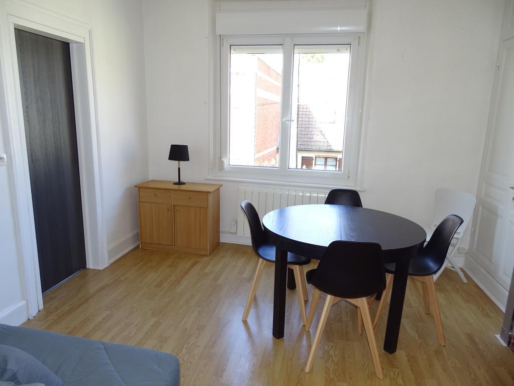 location d 39 appartement t1 meubl de particulier berck 350 30 m. Black Bedroom Furniture Sets. Home Design Ideas