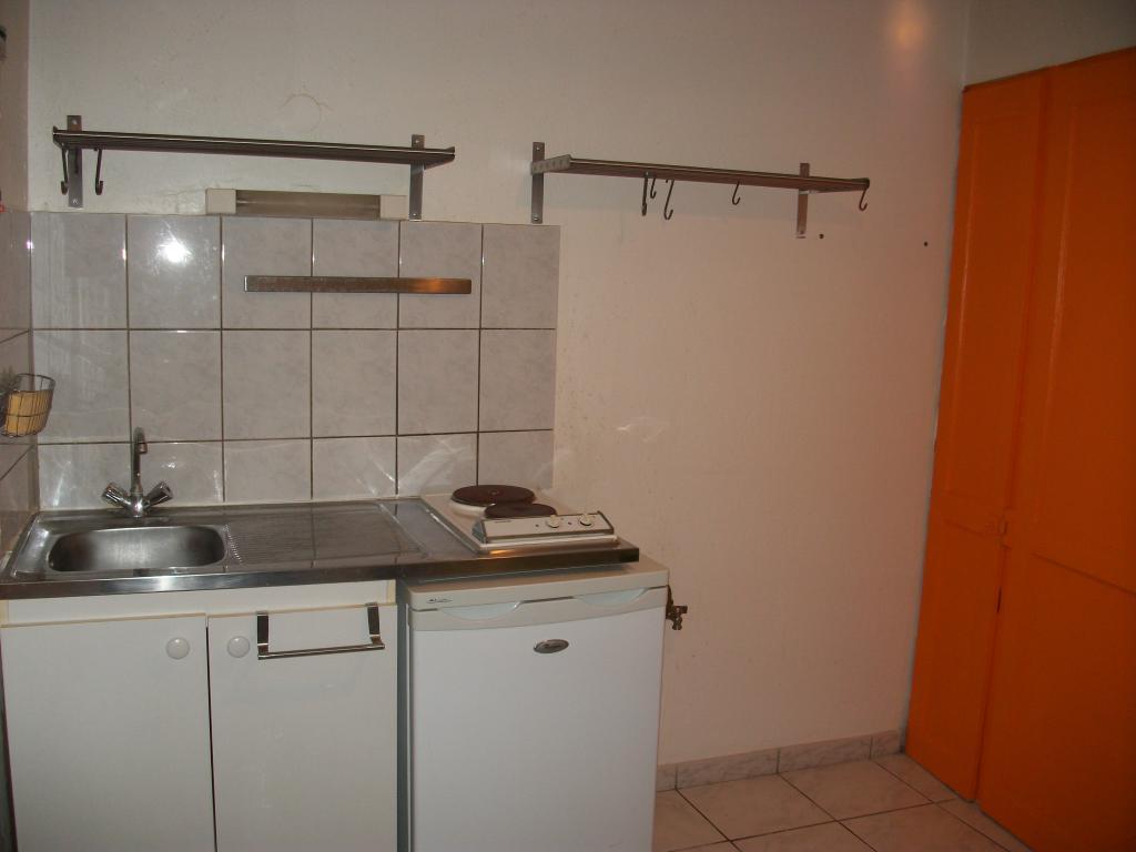 location d 39 appartement t1 meubl de particulier particulier besancon 350 22 m. Black Bedroom Furniture Sets. Home Design Ideas