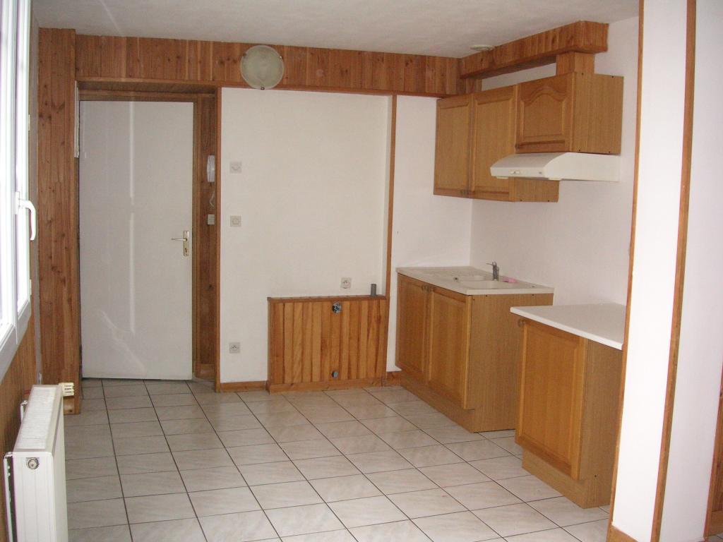 De particulier à particulier , appartement, de 49m² à Saint-Germain-du-Corbéis