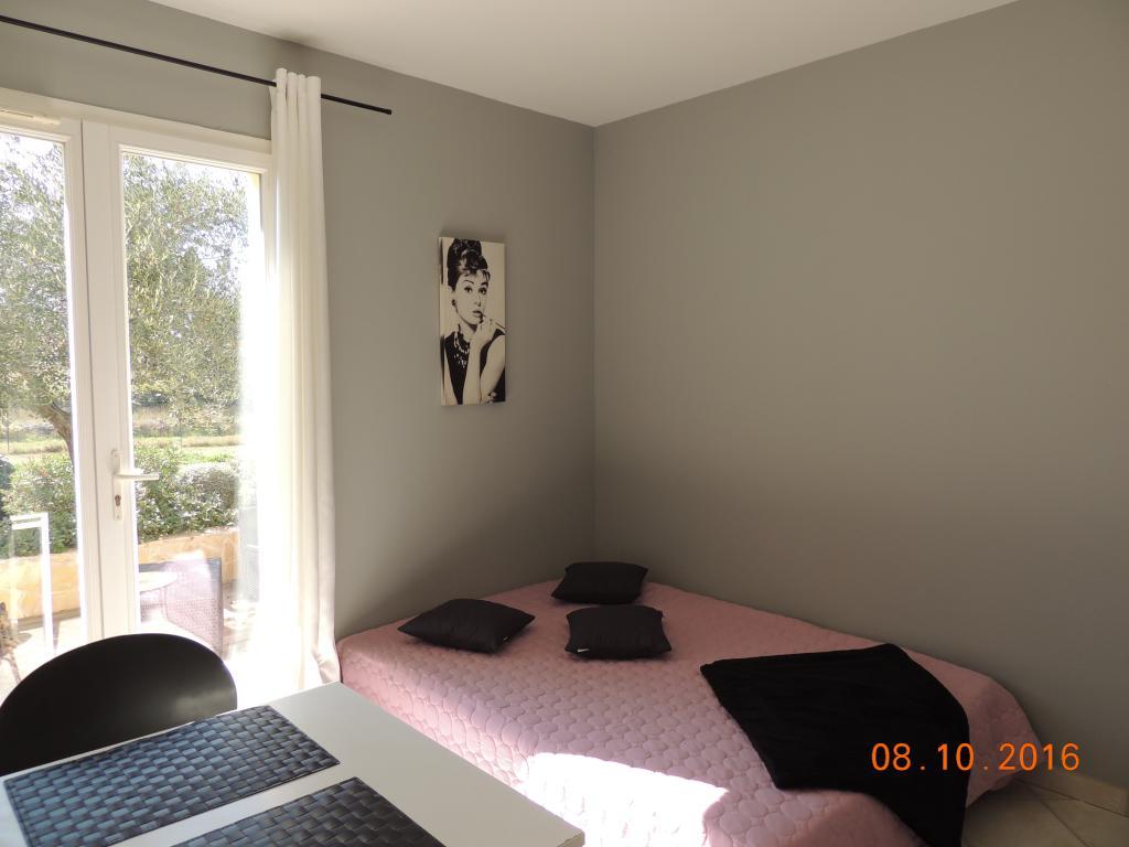 Appartement particulier à Meyreuil, %type de 22m²