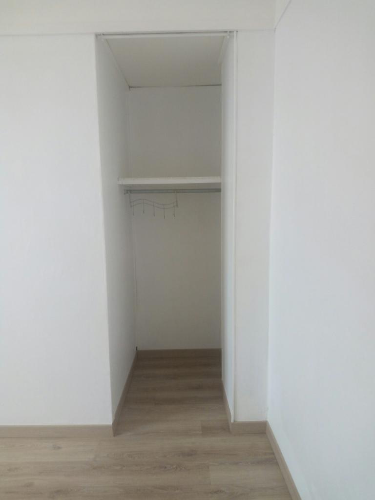 location de studio meubl de particulier particulier maubeuge 380 18 m. Black Bedroom Furniture Sets. Home Design Ideas