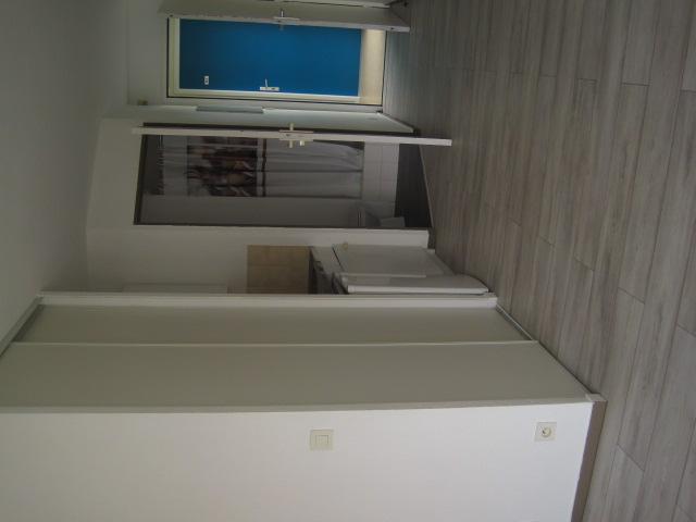 location de studio sans frais d 39 agence vannes 320 20 m. Black Bedroom Furniture Sets. Home Design Ideas