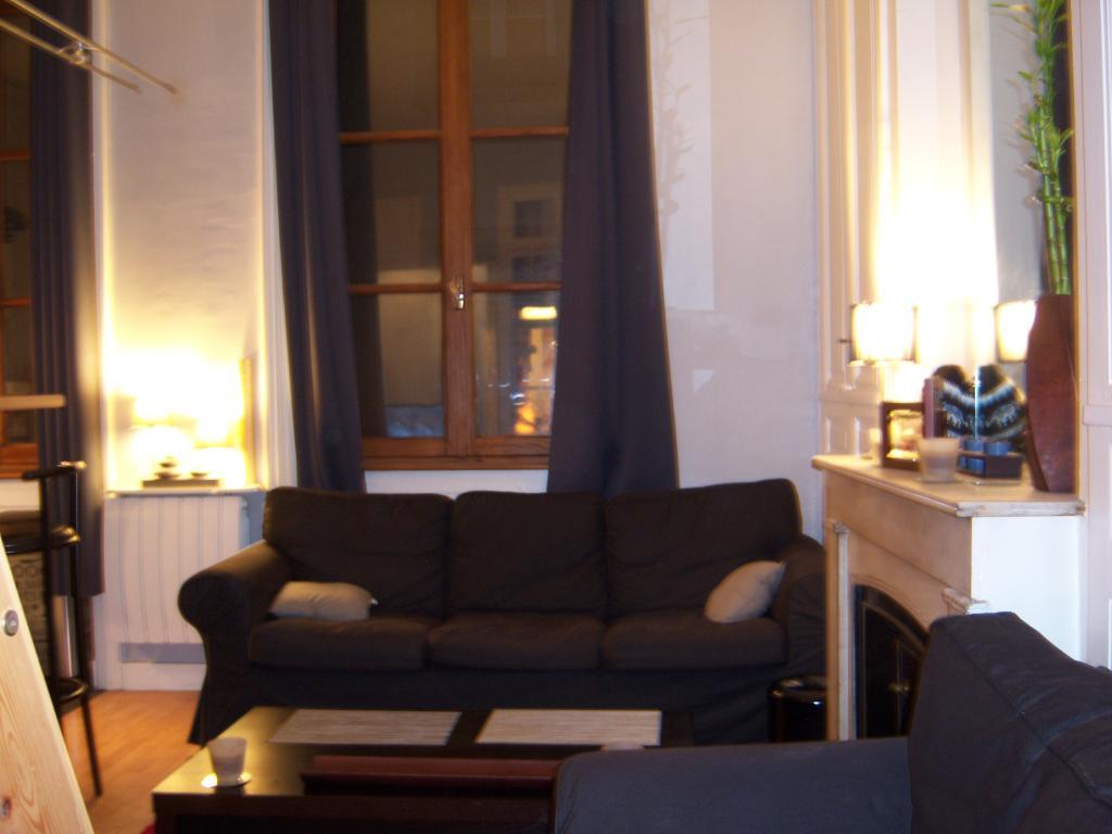 location d 39 appartement t1 meubl de particulier lyon 69003 665 31 m. Black Bedroom Furniture Sets. Home Design Ideas
