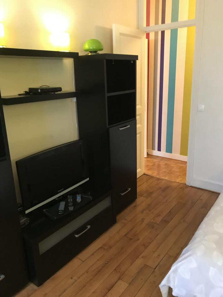 location d 39 appartement t3 meubl entre particuliers paris 75017 2070 63 m. Black Bedroom Furniture Sets. Home Design Ideas
