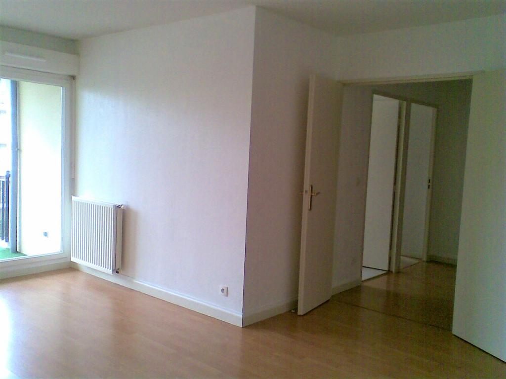 Location d 39 appartement t2 entre particuliers bordeaux for Location appartement particulier bordeaux