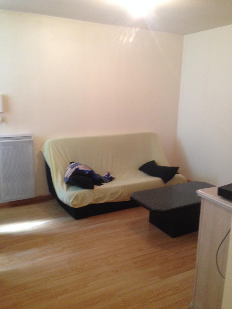 Appartement particulier à Vaux-le-Pénil, %type de 30m²
