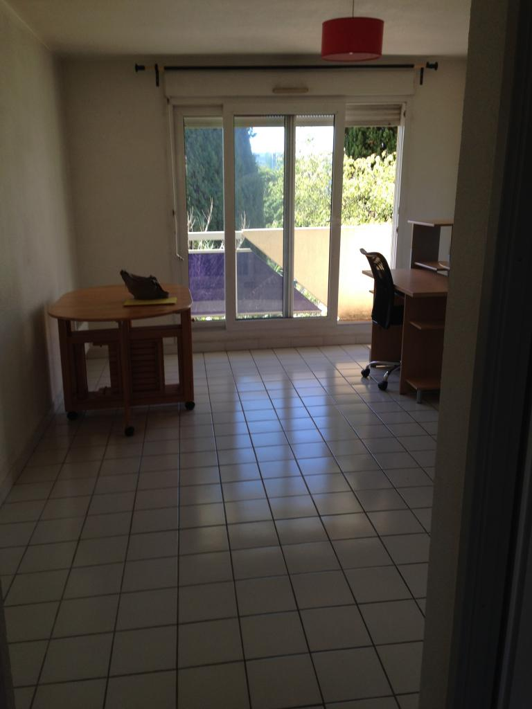 Location d 39 appartement t1 meubl de particulier for Appartement meuble montpellier
