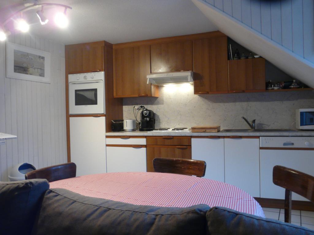 location appartement meuble quimper particulier. Black Bedroom Furniture Sets. Home Design Ideas