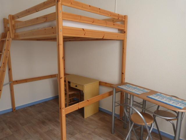 location de studio meubl de particulier bordeaux 460 20 m. Black Bedroom Furniture Sets. Home Design Ideas