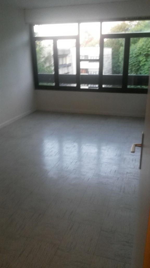 location d 39 appartement t2 de particulier particulier franconville 830 51 m. Black Bedroom Furniture Sets. Home Design Ideas