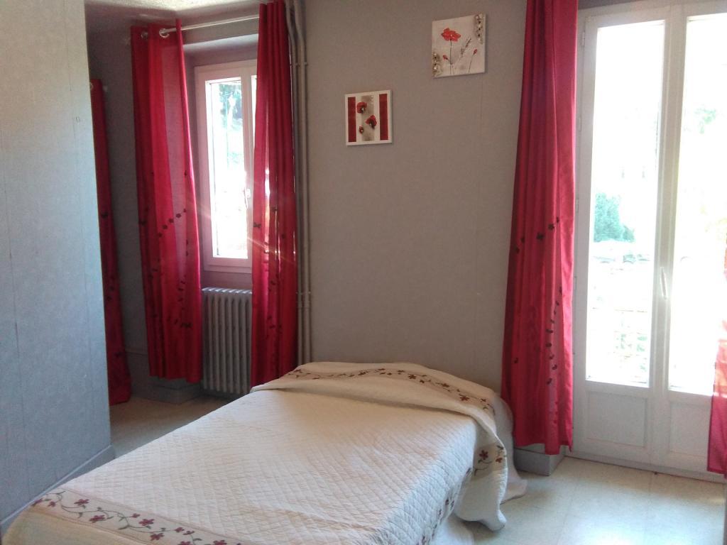 De particulier à particulier, studio à Aix-les-Bains, 18m²