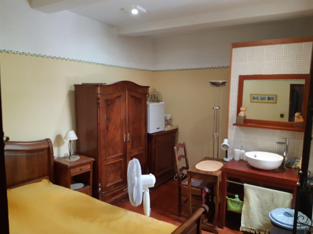 Appartement particulier, chambre, de 13m² à Carpentras