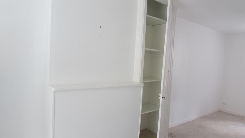studio de 30m2 louer sur limoges location appartement. Black Bedroom Furniture Sets. Home Design Ideas