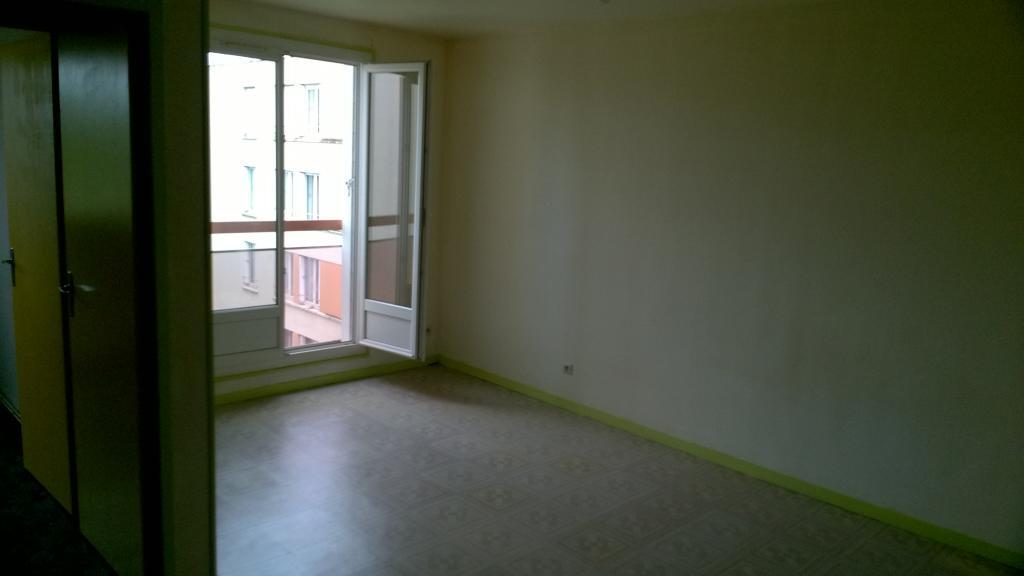 Location particulier à particulier, appartement, de 31m² à Chichery