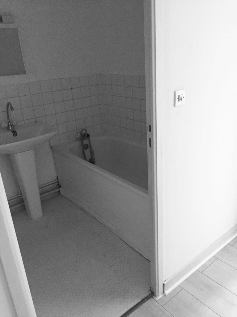 location d 39 appartement t2 de particulier particulier nantes 399 21 m. Black Bedroom Furniture Sets. Home Design Ideas