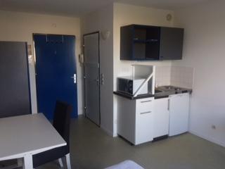 De particulier à particulier, studio à Guyancourt, 19m²