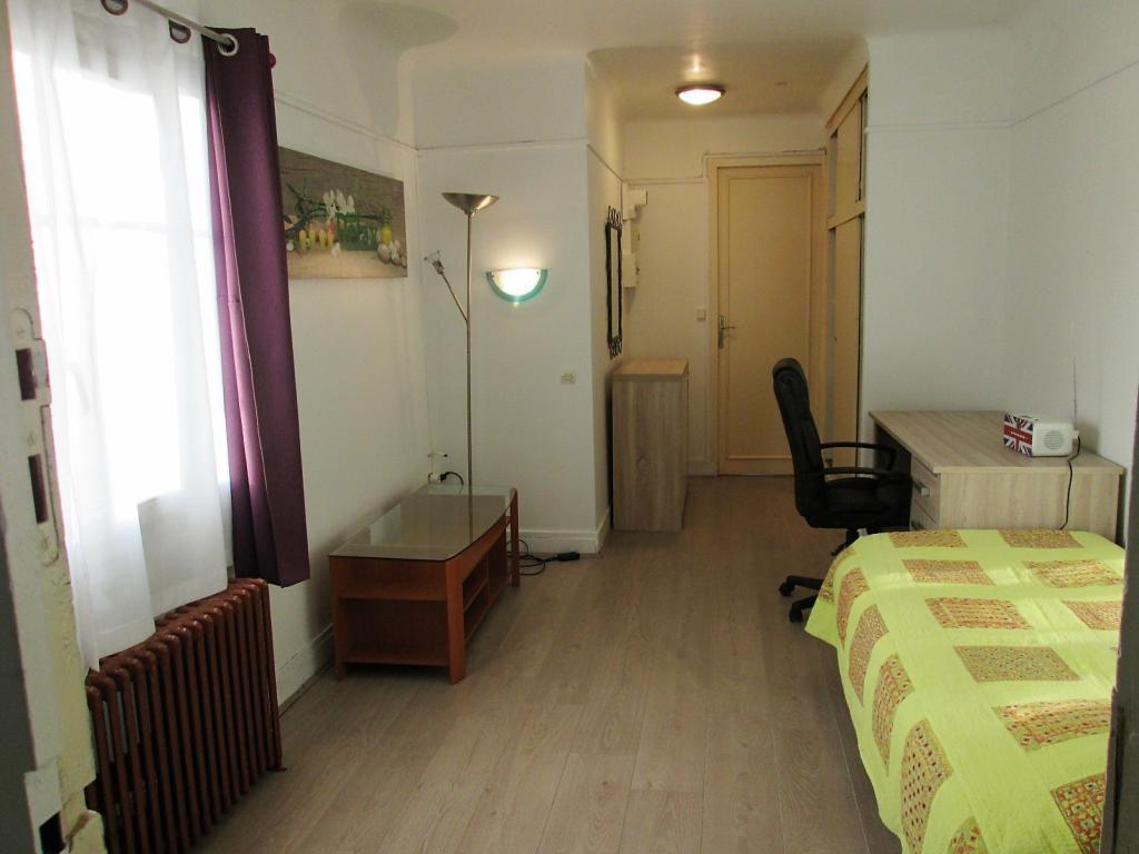 Appartement particulier, studio, de 29m² à Maisons-Alfort