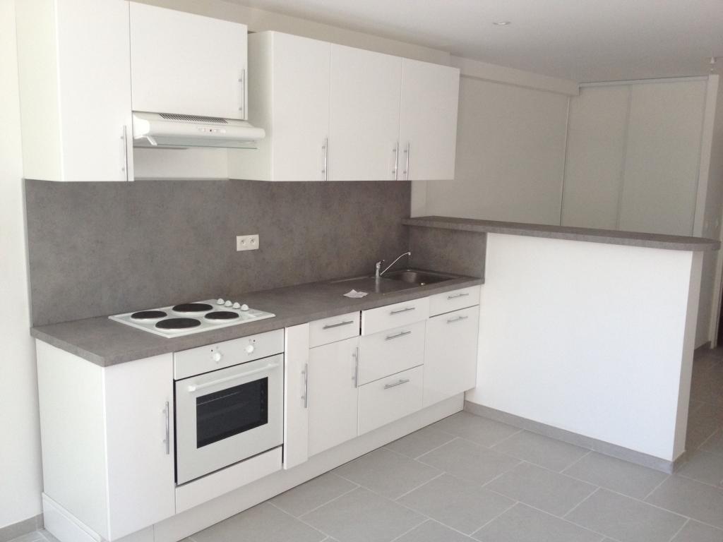 location d 39 appartement t1 entre particuliers bordeaux 540 34 m. Black Bedroom Furniture Sets. Home Design Ideas