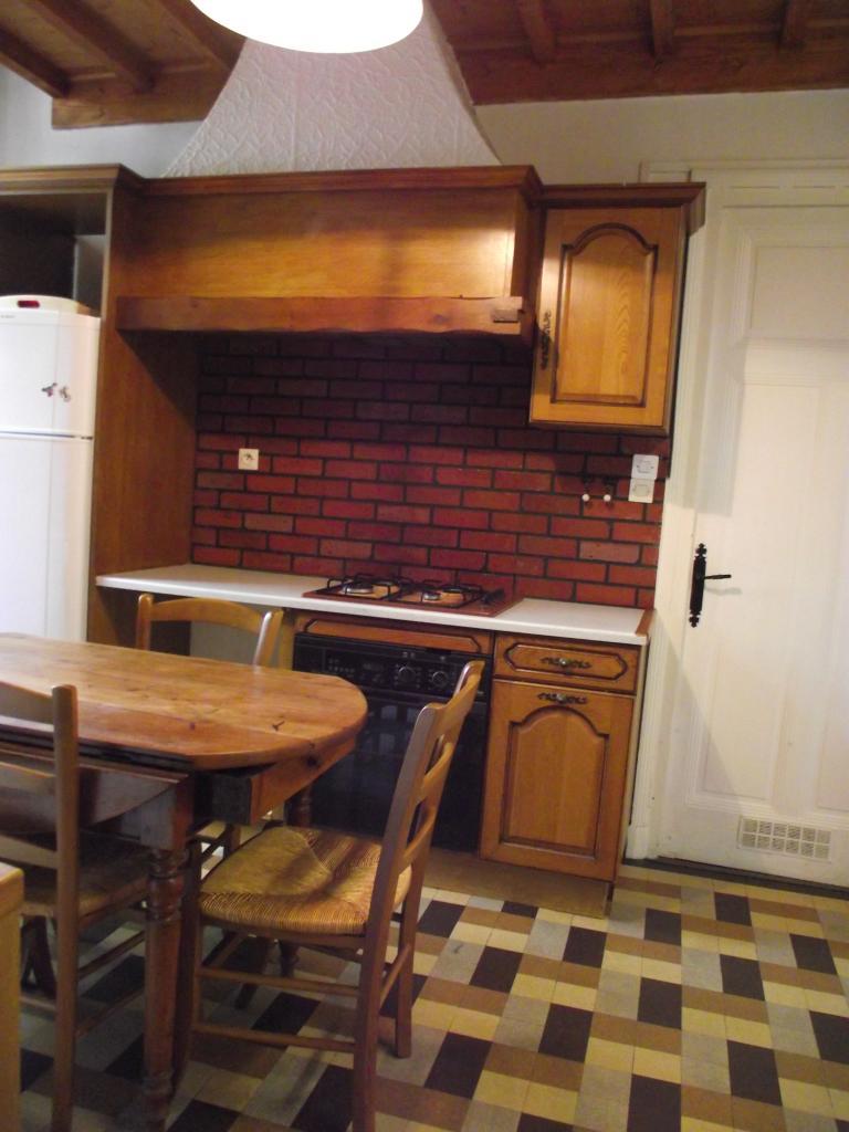 location d 39 appartement t2 meubl sans frais d 39 agence lyon 69008 700 28 m. Black Bedroom Furniture Sets. Home Design Ideas