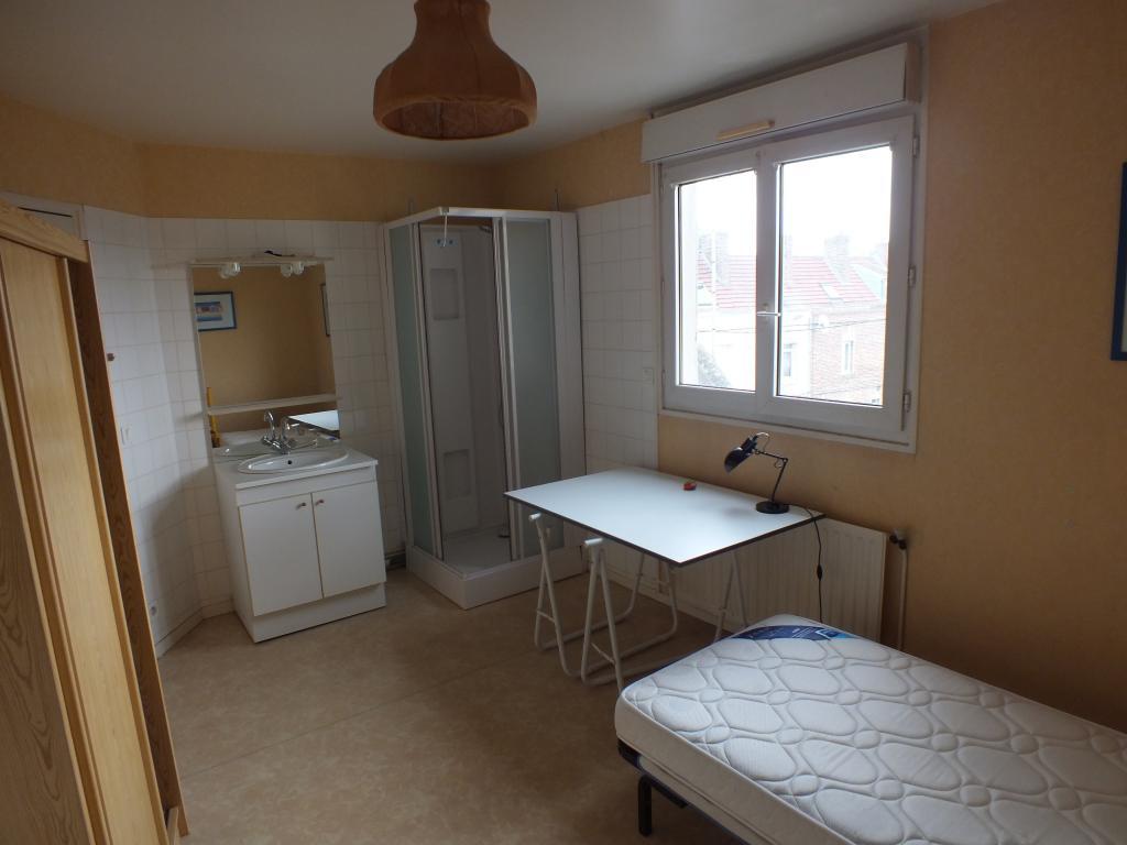studio de 28m2 louer sur amiens apartment rental. Black Bedroom Furniture Sets. Home Design Ideas