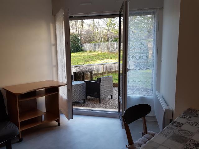 Parfait Studio Meublé à Louer à Besancon   370 U20acVelotte Galerie De Photos