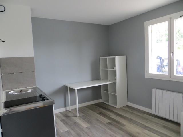 Location appartement entre particulier Joué-lès-Tours, studio de 18m²