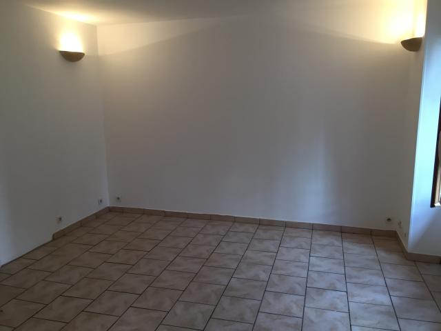 Location appartement T3 Villejuif - Photo 2
