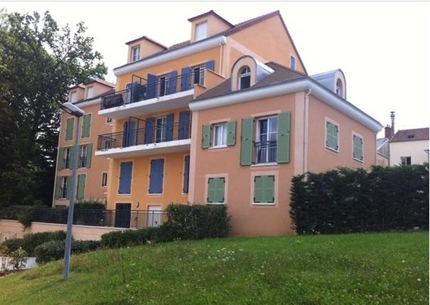 De particulier à particulier, studio, de 34m² à Bures-sur-Yvette