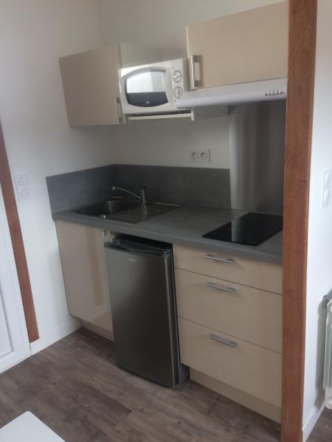 Location de studio de particulier particulier for Combien coute une cuisine equipee