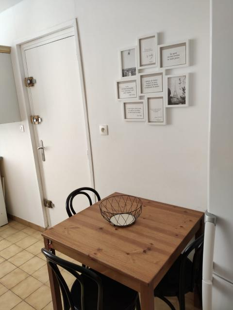 Elegant Location Appartement T1 La Ciotat   Photo 1 ...