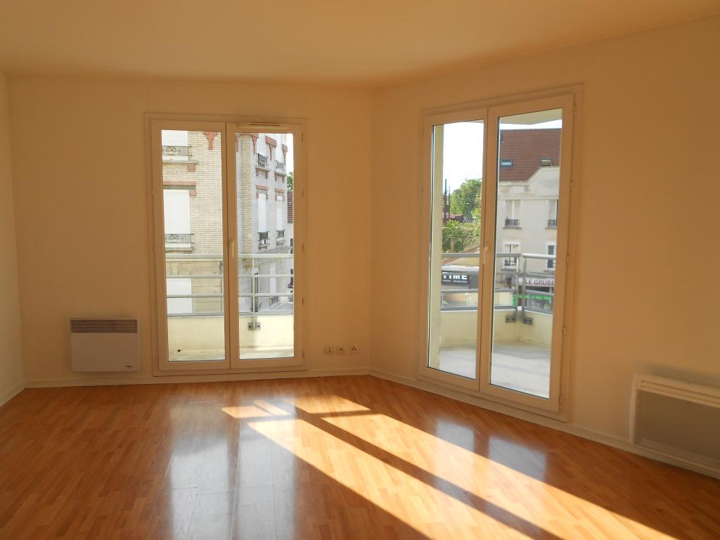 Entre particulier à Vaux-le-Pénil, appartement, de 41m² à Vaux-le-Pénil