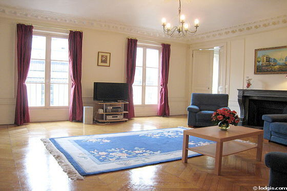 Location appartement T5 Paris 09 - Photo 1