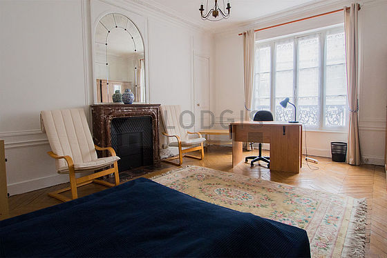 Location appartement T5 Paris 09 - Photo 3